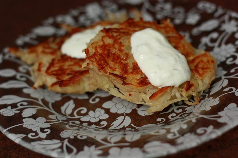 Runs With Spatulas: Potato-Apple Latkes