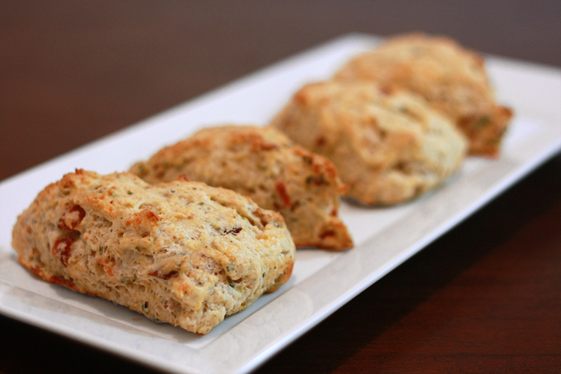 Runs With Spatulas: Bacon, Cheddar, & Chive Scones
